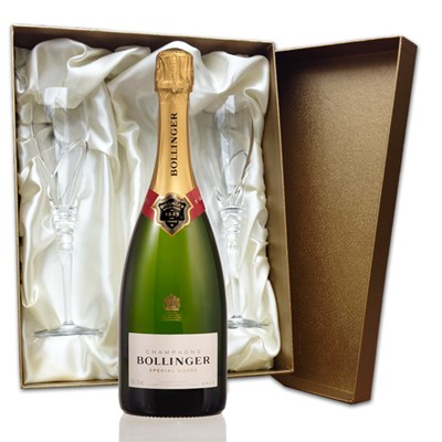 Bollinger Brut in Gold Presentation Set with Flutes, 75cl bottle of Bollinger Special Cuvee , NV, Champagne and two beautiful hand cut lead crystal champagne flutes (260mm)all supplied in a Luxury Presentation box. Price includes free UK Mainland Delivery, and Exports and international delivery available.