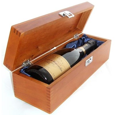 Buy a single bottle of Veuve Clicquot Vintage 2008 Champagne & Presented in a luxurious stained wooden box with hinged lid and clasp. The box is lined with silver satin and comes with a Gift Card for your personal message. . Price includes free UK Mainland Delivery, and Exports and international delivery available.