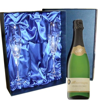 Mountbridge Sparkling Wine Luxury Presentation Set with Flutes A bottle of Mountbridge sparkling wine and two beautiful hand cut lead crystal flutes all supplied in a luxury presentation box. . Price includes free UK Mainland Delivery, and Exports and international delivery available.