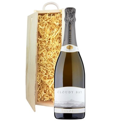 Cloudy Bay Pelorus Sparkling Wine 75cl In Pine Gift Box