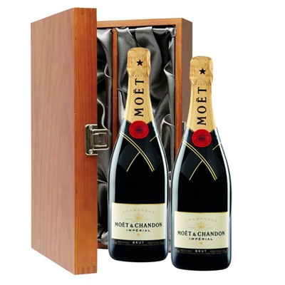 Moet & Chandon Brut Champagne 75cl Twin Luxury Gift Boxed (2x75cl)