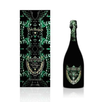 Dom Perignon has collaborated with Dutch fashion designer Iris van Herpen to produce a limited-edition champagne box and 3D-printed sculpture, as part of its Power of Creation project.  Iris van Herpens gift packs were created specifically for the Dom Perignon Vintage 2004, drawing inspiration from concepts of metamorphosis and the length of time involved in making Dom Pžrignon. Each box is signed by the designer and bears a sprawling, crystal-like green graphic set on a black backdrop.  Dom Perignon Metamorphosis Brut Champagne