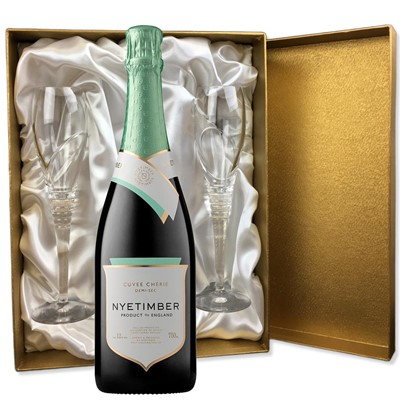 Nyetimber Demi-Sec English Sparkling Wine 75cl in Gold Presentation Set With Flutes