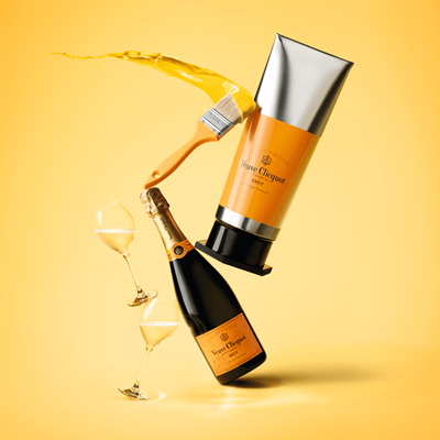 Buy And Send Veuve Clicquot Yellow Label Brut 75cl Champagne - Gorache Gift Box