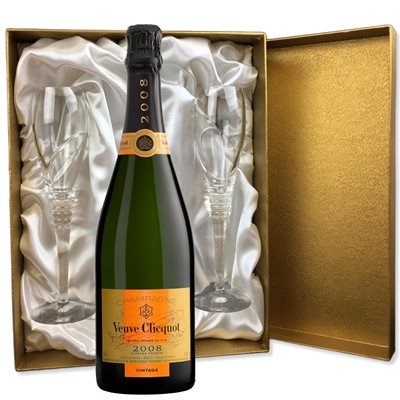 Veuve Clicquot 2008 Brut Vintage Champagne 75cl in Gold Presentation Set With Flutes